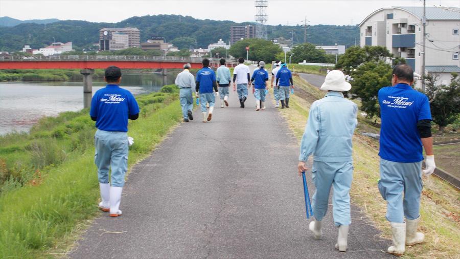 益田川清掃活動に参加しました。